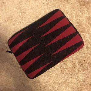 MANAOLA laptop case